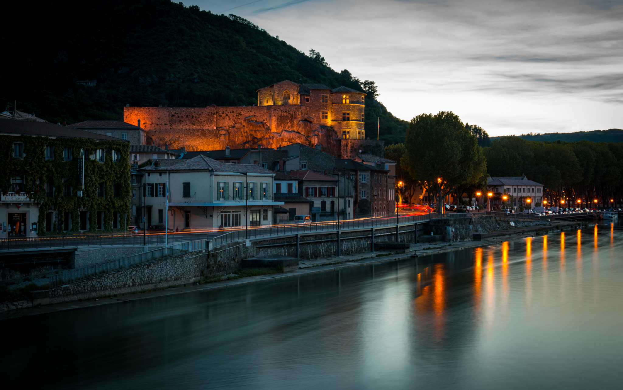 France : Northern Rhone : Tournon-sur-Rhone