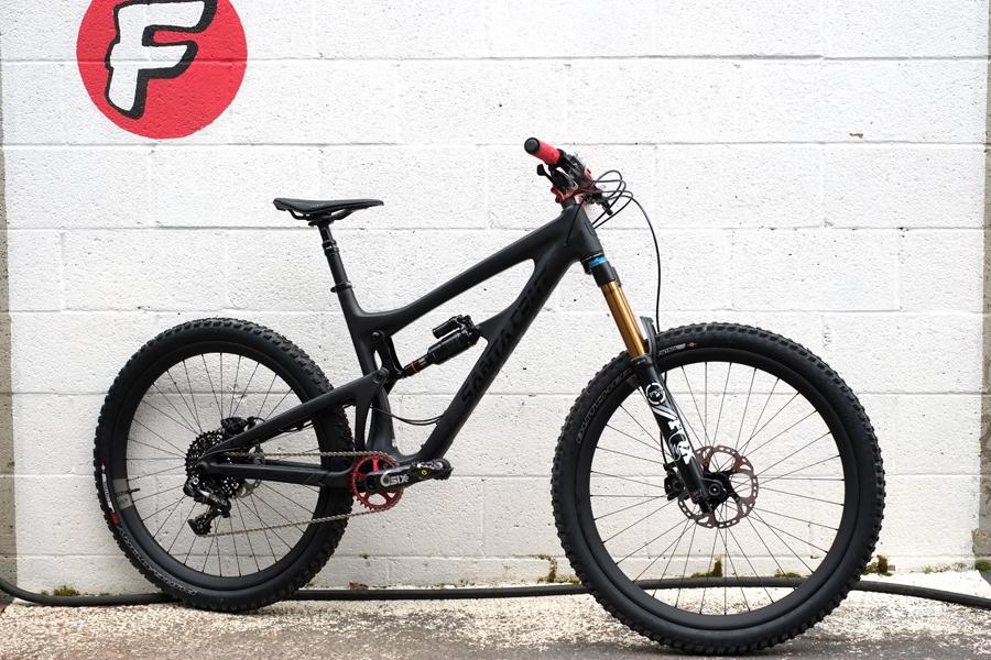 Santa+Cruz+Nomad+with+Ibis+741+Carbon+WheelsSanta+Cruz+Nomad+with+Ibis+741+Carbon+Wheels.jpeg