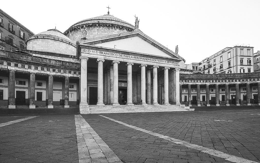 Christian-Schaffer-Italy-Naples-002.jpg