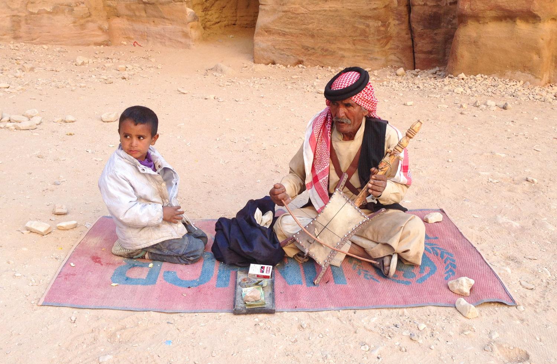 Christian-Schaffer-Jordan-Petra-Bedouin-001.jpg