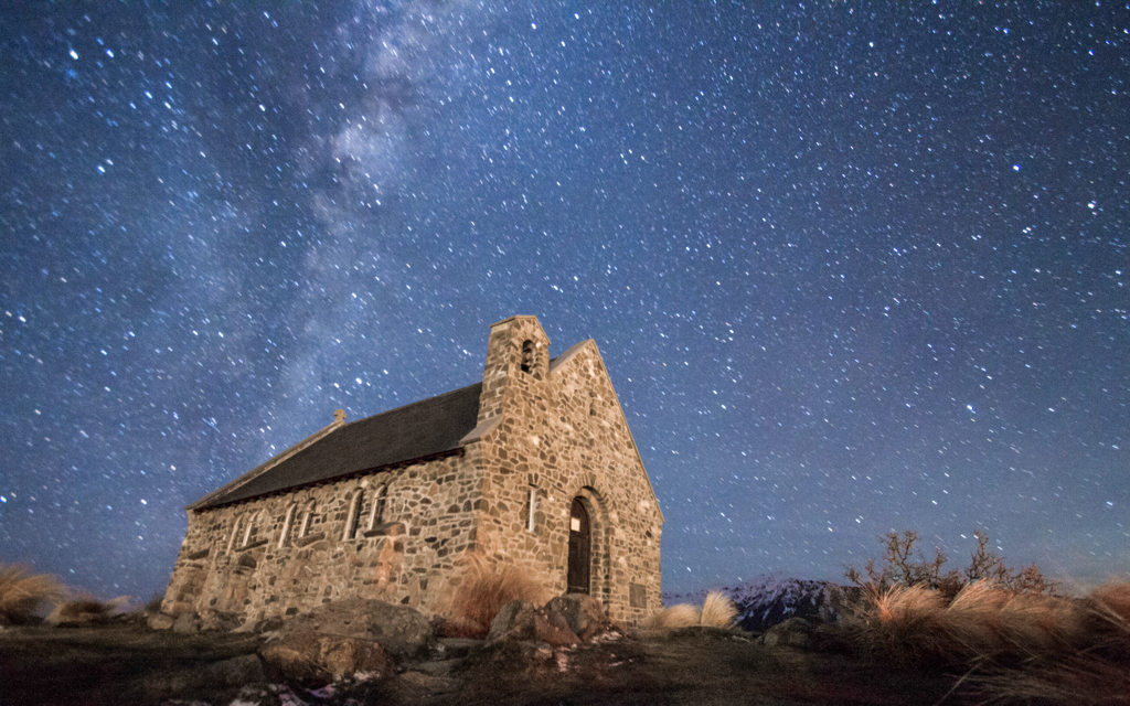 Christian-Schaffer-New-Zealand-Lake-Tekapo-Church-Good-Shepherd-Stars.jpg