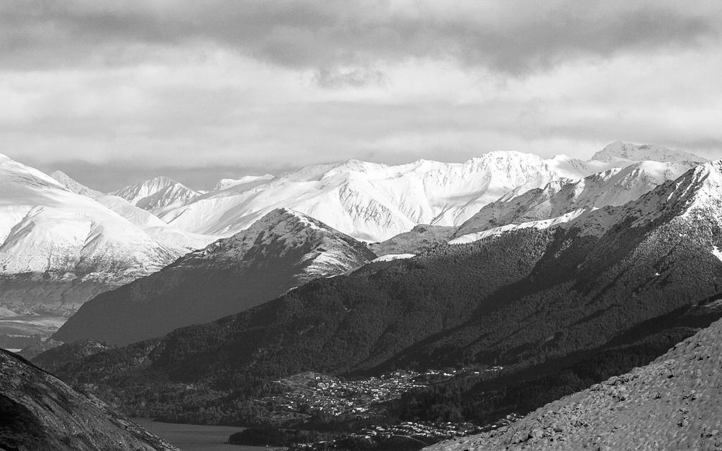 Christian-Schaffer-New-Zealand-Queenstown-Mountain-Winter.jpg