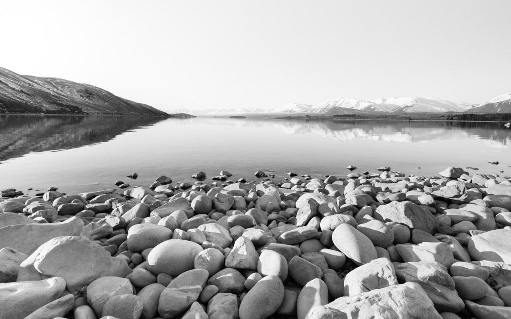 Christian-Schaffer-New-Zealand-Mountain-Winter-Lake-Tekapo.jpg