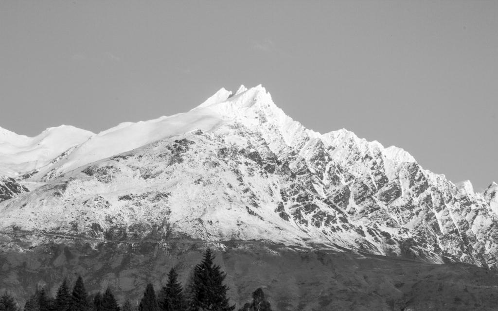 Christian-Schaffer-New-Zealand-Mountain-WInter-003.jpg