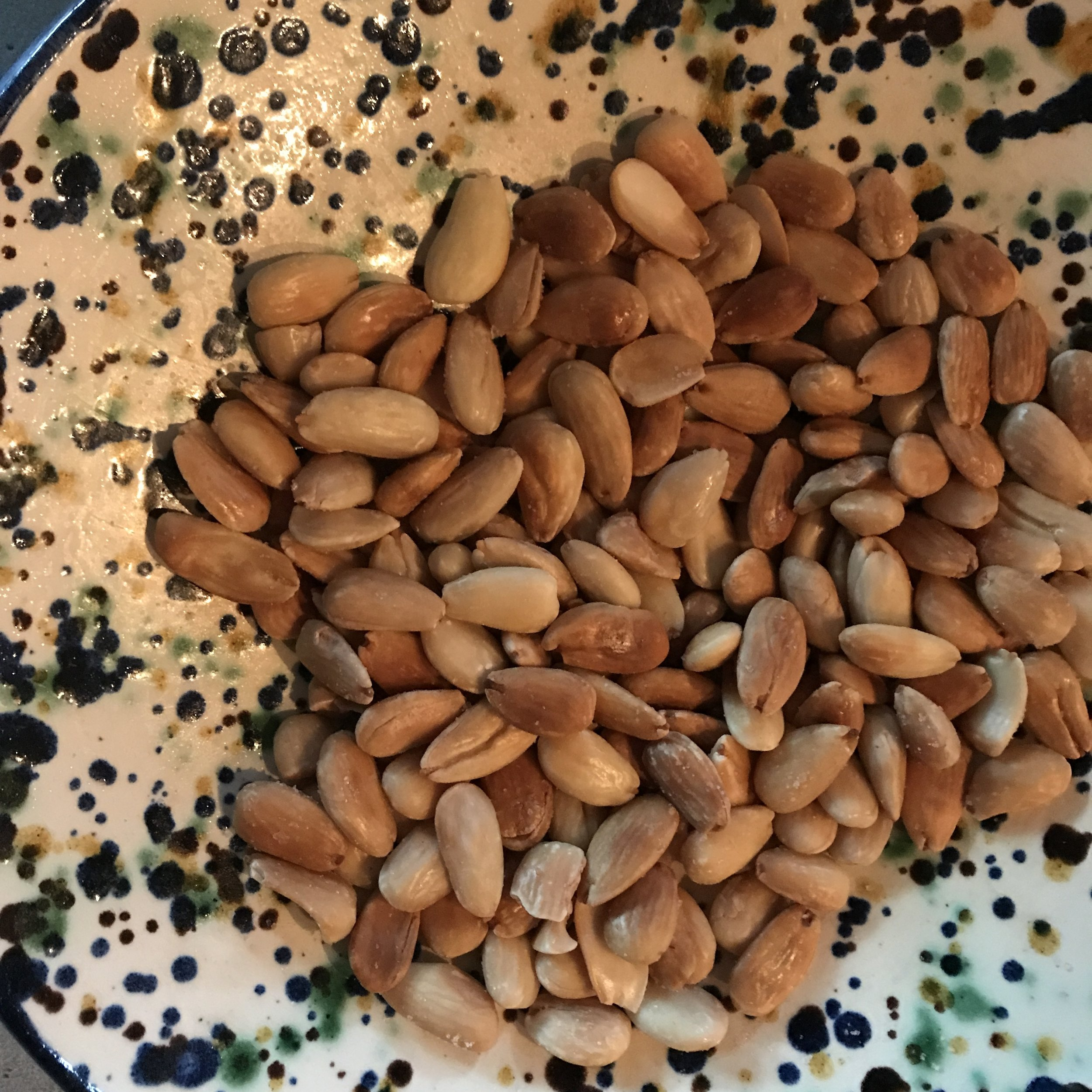 Who doesn't love Marcona almonds? Even better when presented in local pottery from Bisbal.