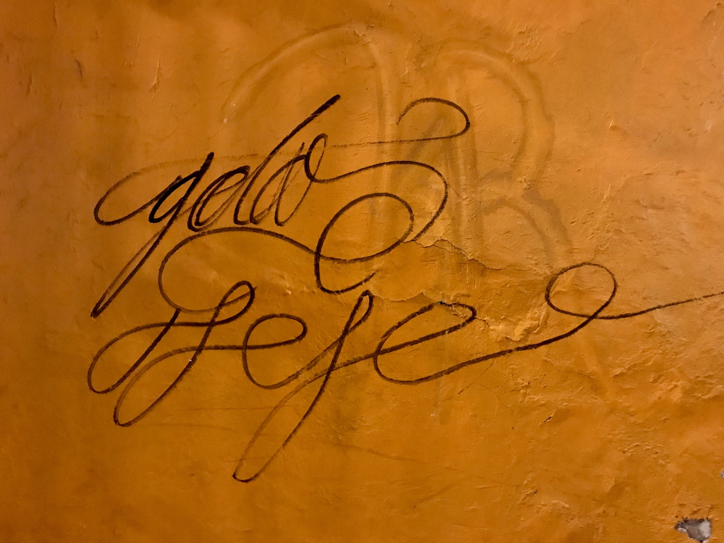 Lovely calligraphic graffiti wall (2)