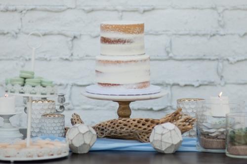 Custom cupcake display designed by Sweet I Do's Wedding Day Management Specialists in Phoenix Arizona