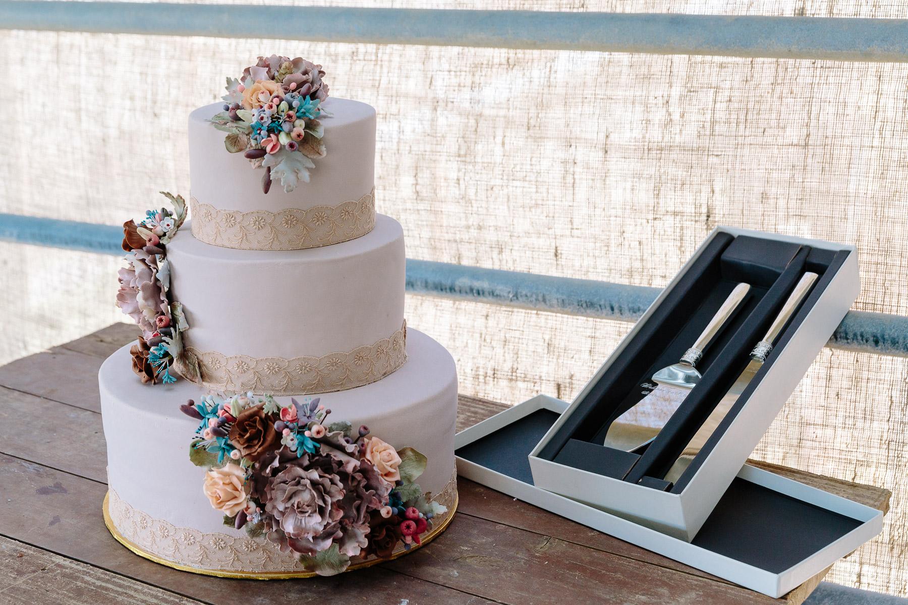 Melissa_and_Kristan_Echuca_Farm_Wedding_New_Years_Eve-23.jpg