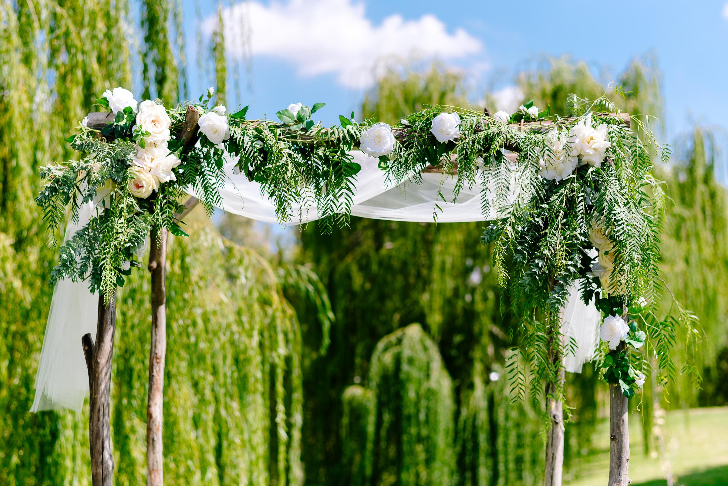 Perricoota Vines Wedding Photographer Echuca Moama Arbor
