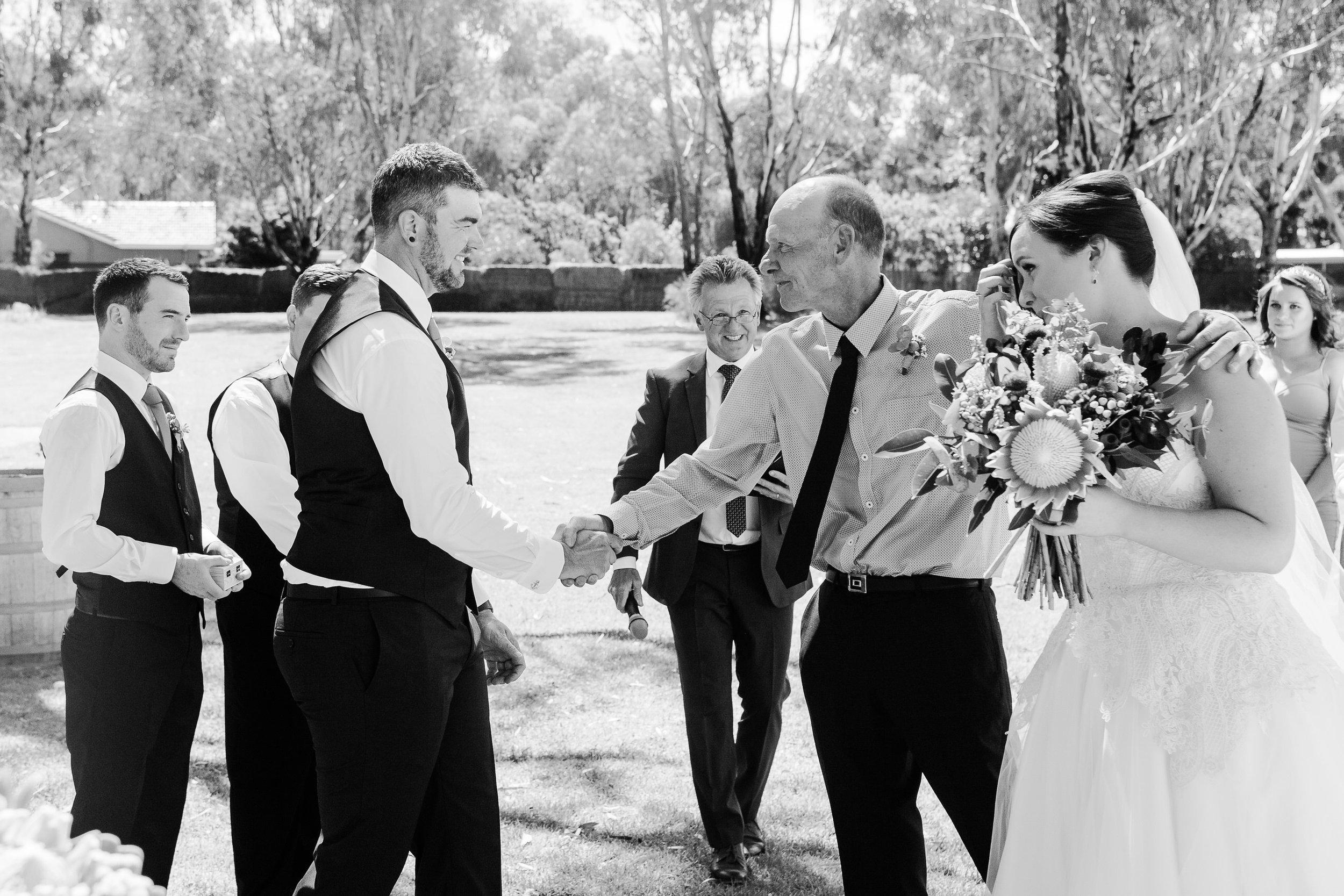 Justin_Jim_Echuca_Wedding_Photography_Tindarra-142.JPG