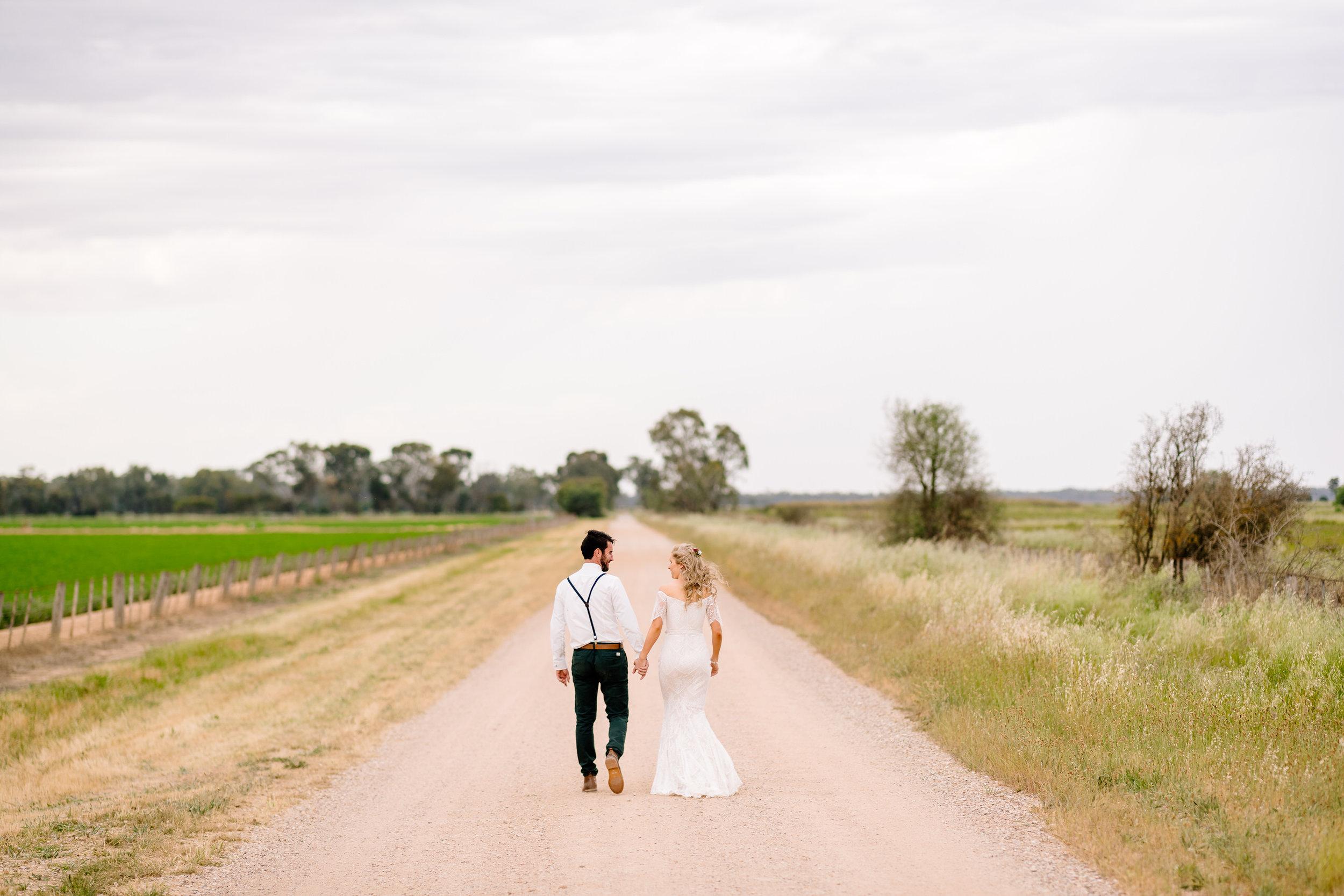 Justin_And_Jim_Photography_Backyard_Wedding190.JPG