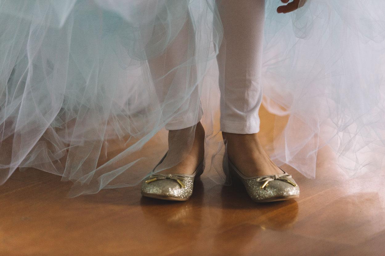 Best Australian Pre Wedding Destination Photographers, Queensland - Brisbane and Byron Bay Elopement Photography Eco Packages
