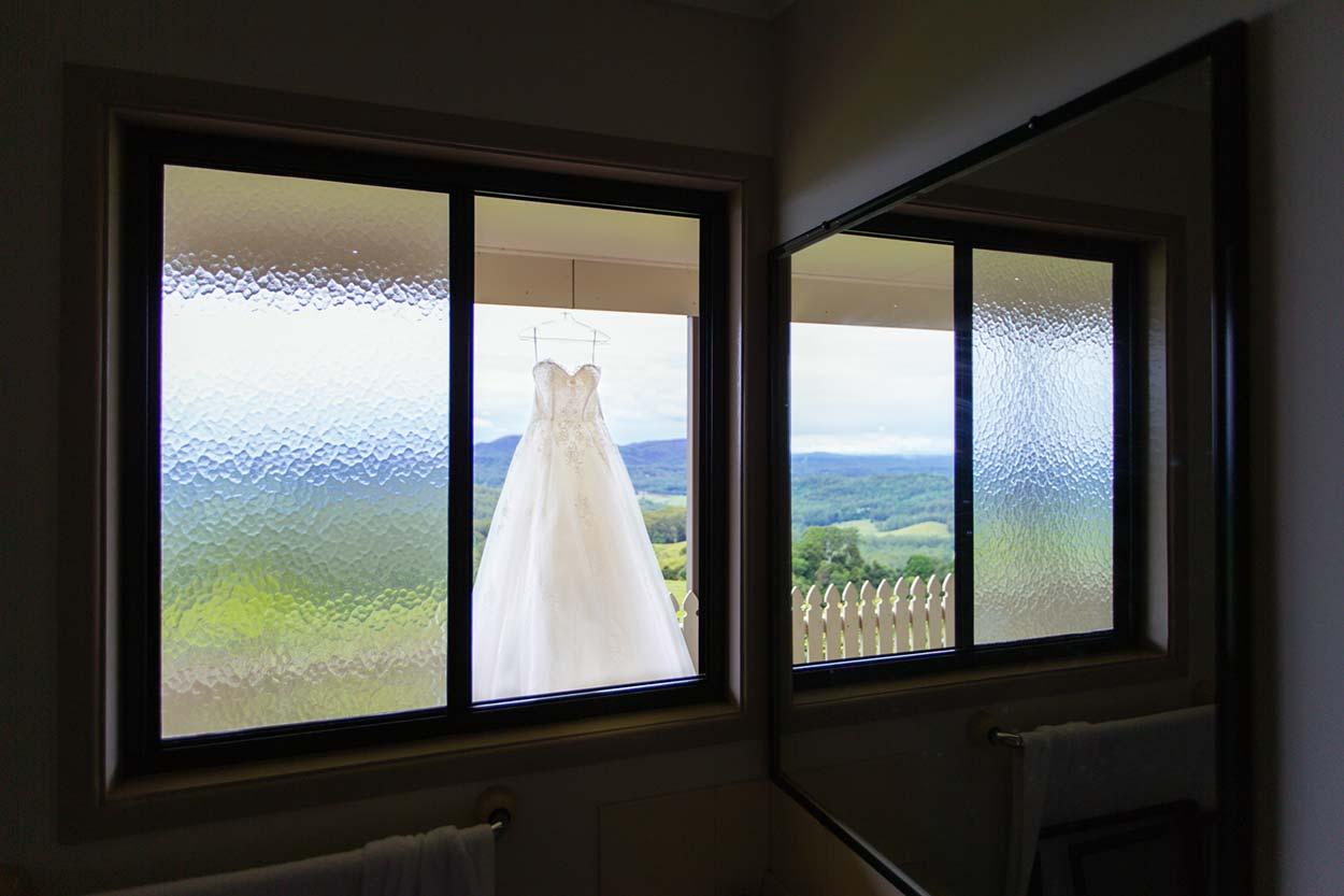 sunshine-coast-destination-wedding-photographers-brisbane-queensland-australian-maleny-noosa-beach-hinterland-montville-flaxton-gold-caloundra-elopement-photos-best-recommended-eco-friendly-packages-7.jpg