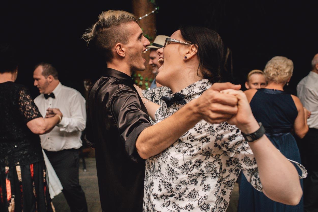 sunshine-coast-destination-wedding-photographers-brisbane-queensland-australian-maroochydore-maleny-montville-flaxton-noosa-hinterland-byron-bay-gold-caloundra-international-american-elopement-best-eco-top-132.jpg