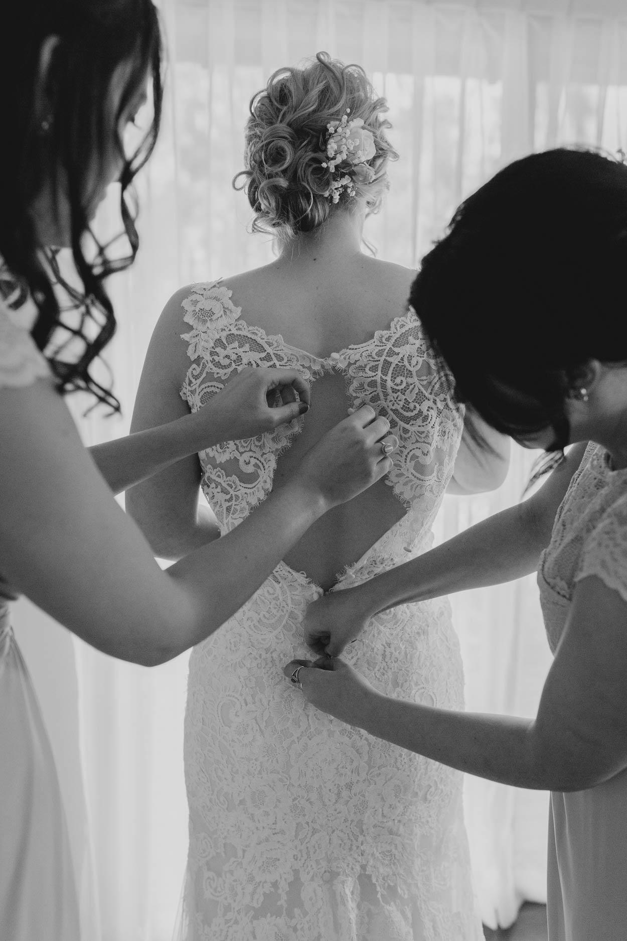 Beautiful Brisbane, Sunshine Coast Wedding - Noosa, Australian Pre Destination Photographers