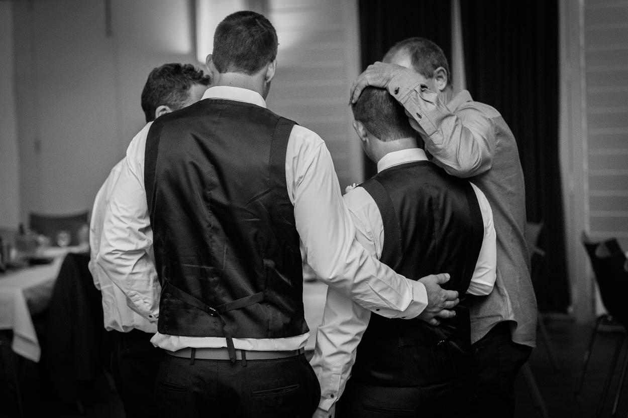 sunshine-coast-destination-wedding-photographers-brisbane-queensland-australian-maleny-montville-flaxton-noosa-hinterland-byron-bay-gold-caloundra-international-american-elopement-best-eco-blog-photos-149.jpg