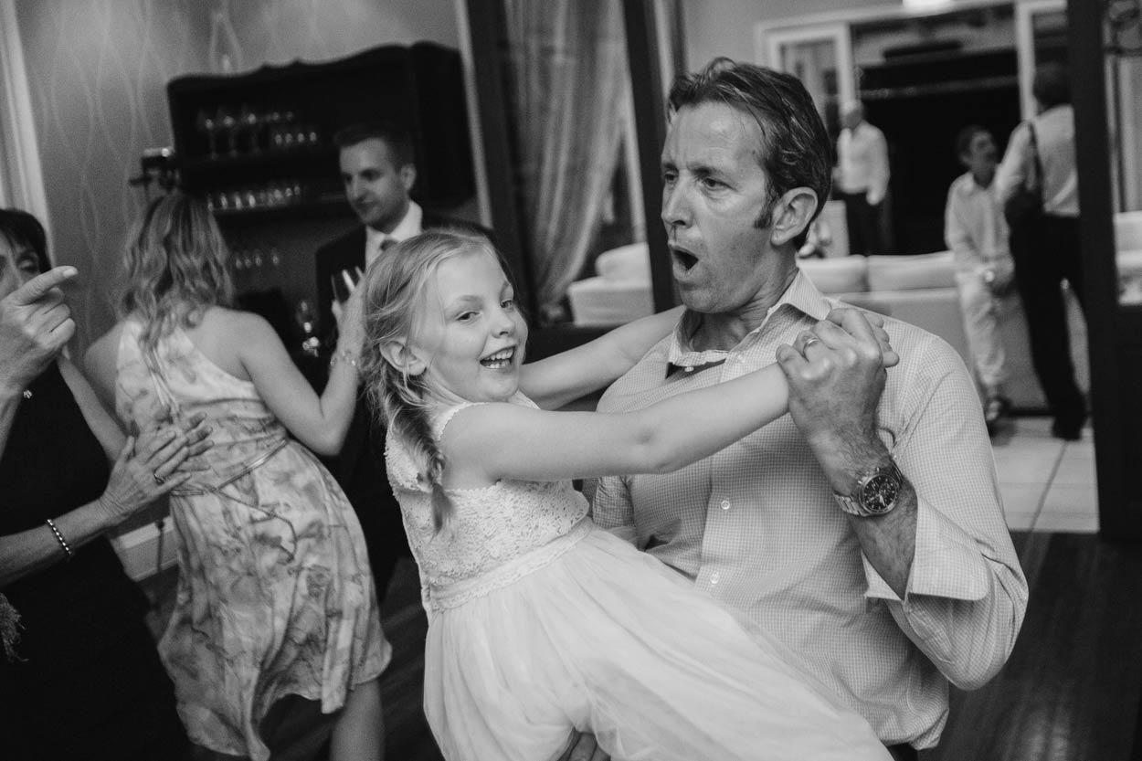 sunshine-coast-destination-wedding-photographers-brisbane-queensland-australian-maleny-montville-flaxton-noosa-hinterland-byron-bay-gold-caloundra-international-elopement-best-eco-top-blog-portrait-photos-210.jpg