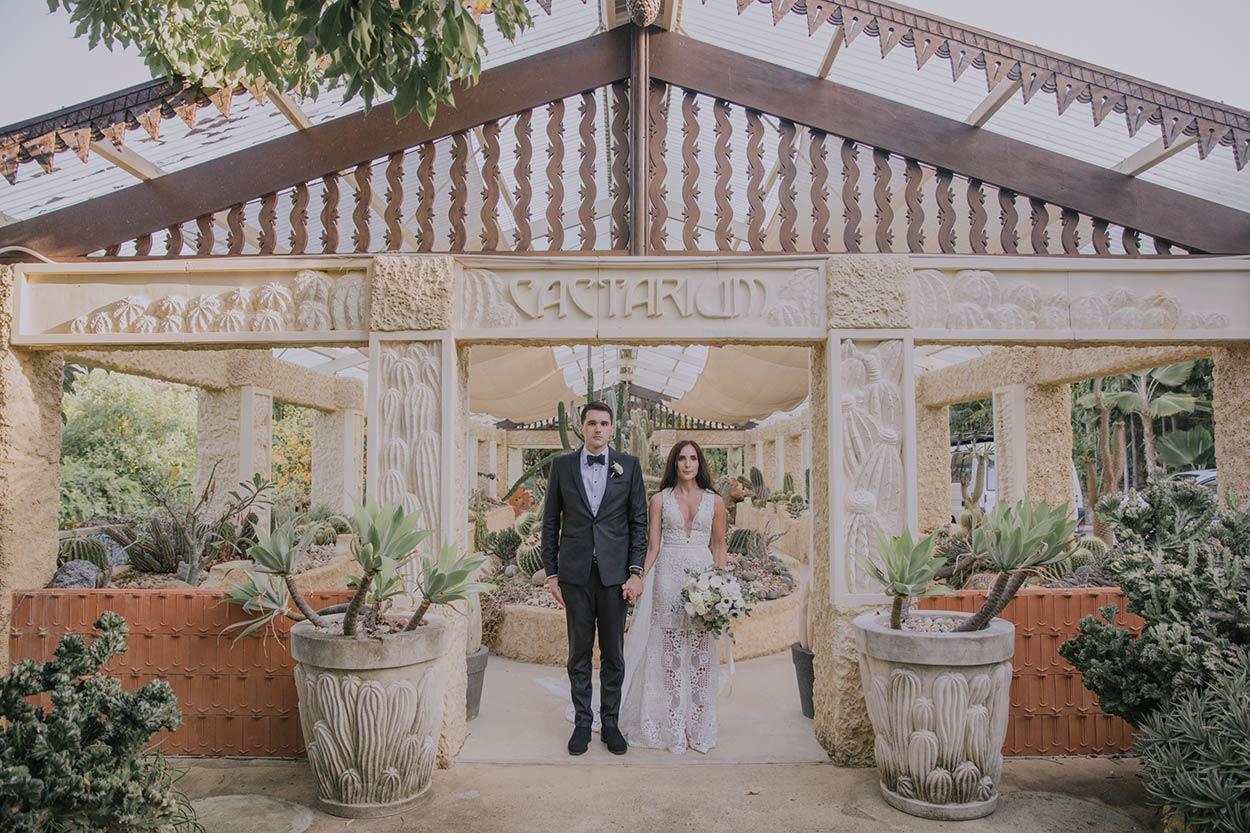 Top Noosa to Villa Botanica Airlie Beach, Queensland, Australian Wedding Photographer - Sunshine Coast Blog