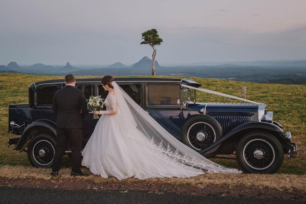 One Tree Hill, Maleny, Sunshine Coast Wedding - Best Queensland, Australian Destination Blog Photographer Photos