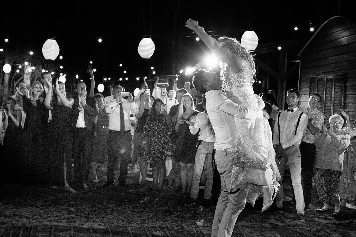 Top Noosa First Dance Wedding Destination Photographer - Sunshine Coast, Queensland, Australian Blog