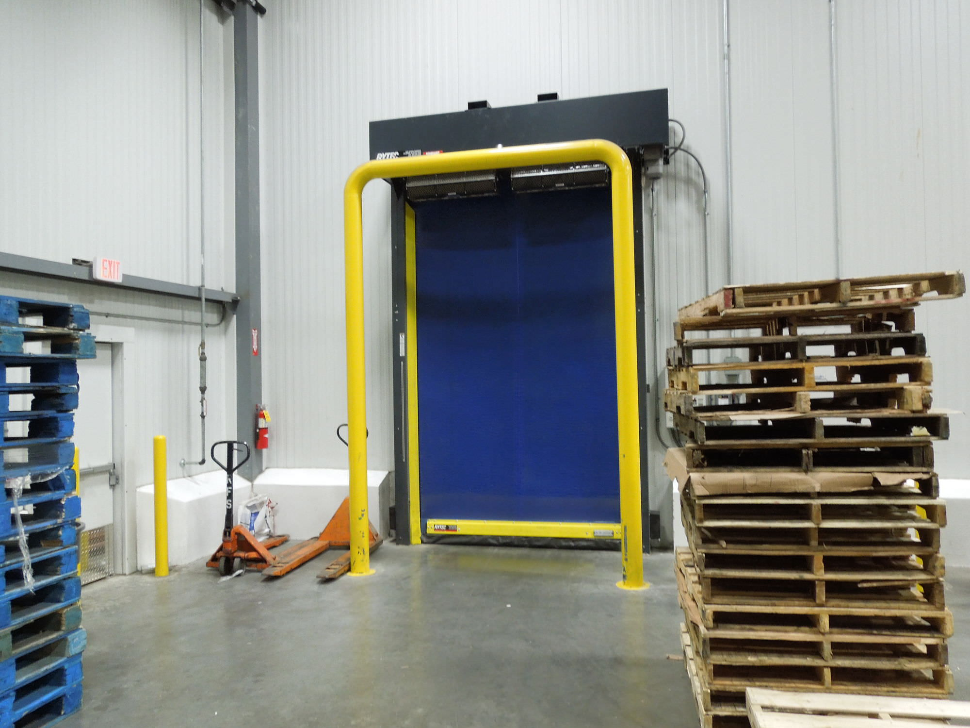 Rytec TurboSeal Insulated. High-Speed Freezer Door.