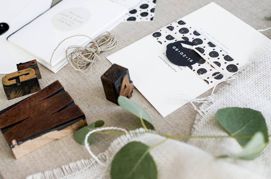 polka-dot-wedding-invitation.jpg