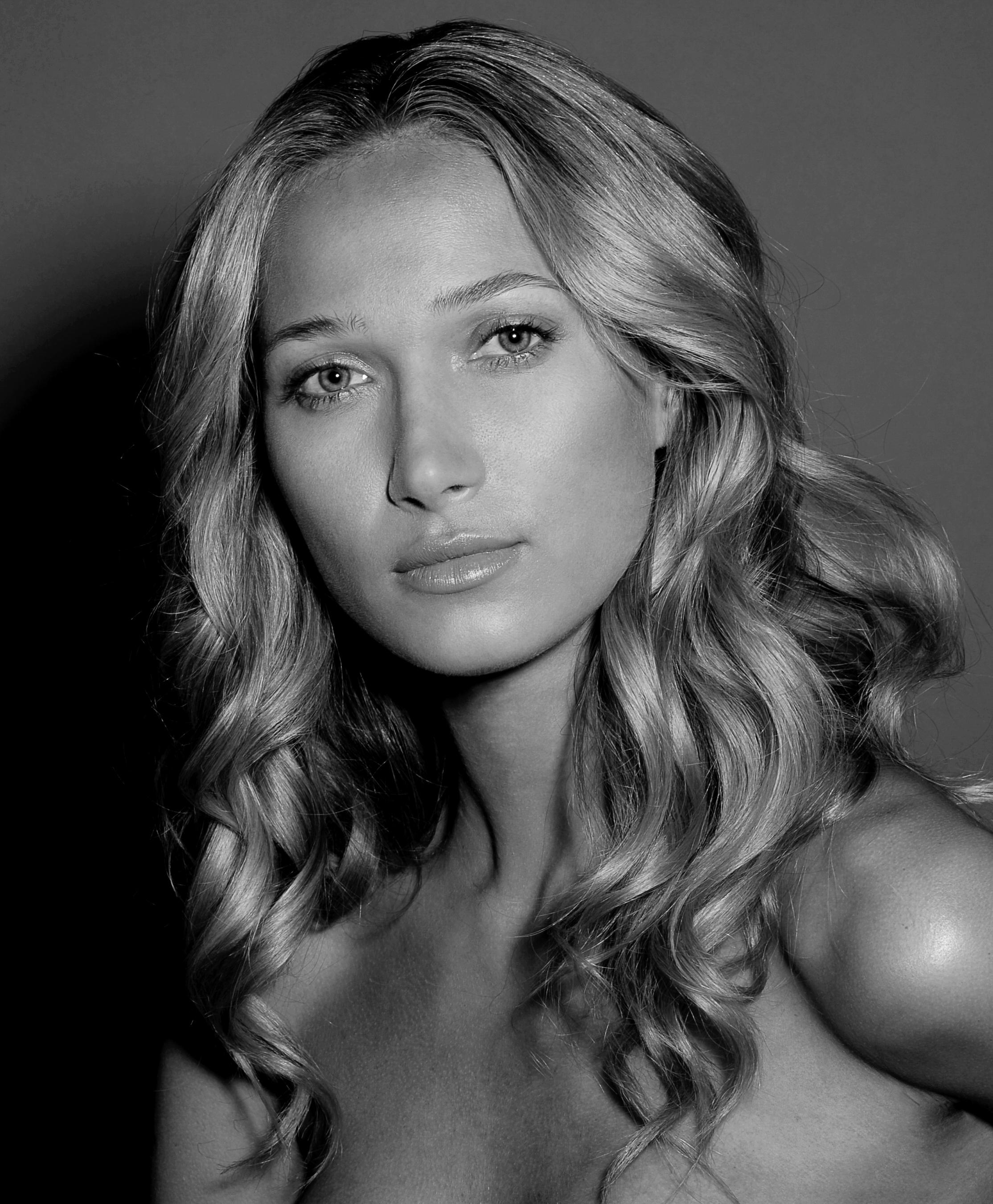Photographer: Damian Sandoe - Hair/Makeup: Jake Aebly -Model: Francis Martins