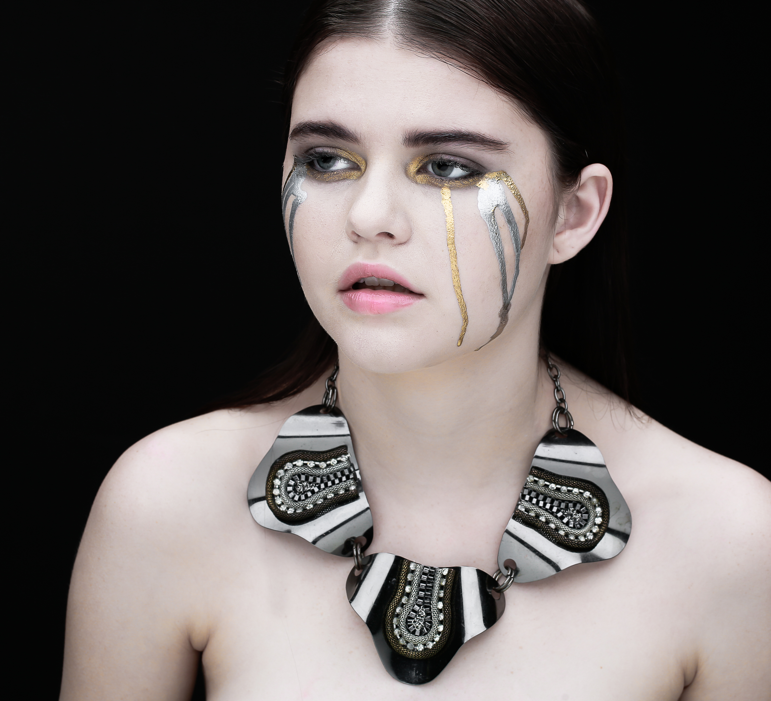 Photographer: Peter Lueders - Makeup: Jake Aebly - Hair: Valentina De Leo - Model: Kelsey Noyes