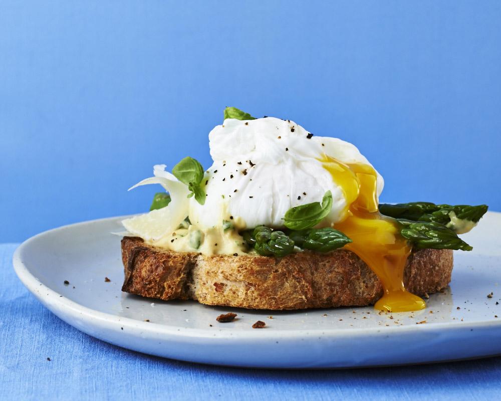 Poached_Egg_Asparagus_9717.jpg