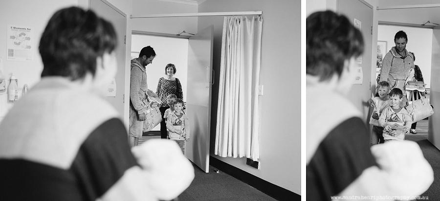In-hospital-newborn-photos-4.jpg