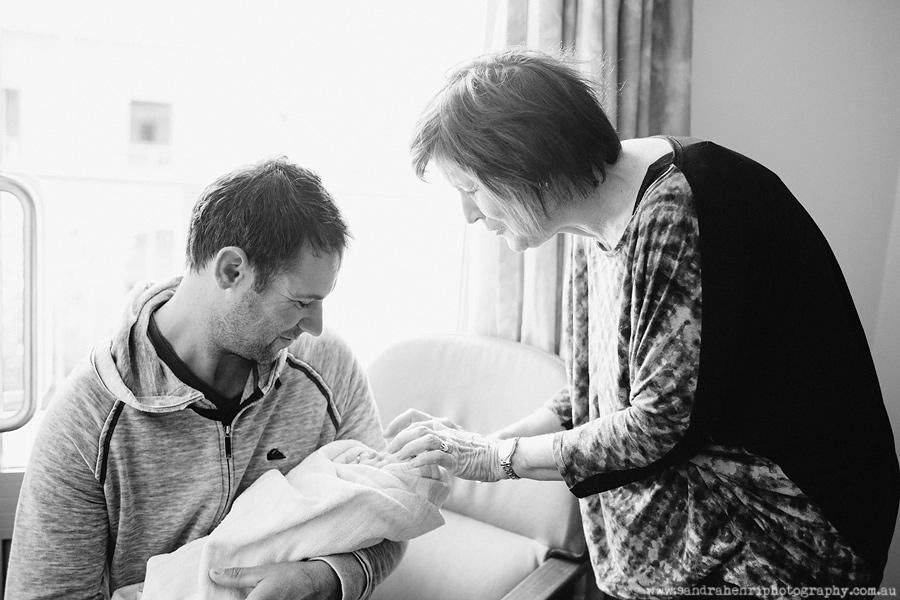 In-hospital-newborn-photos-22.jpg
