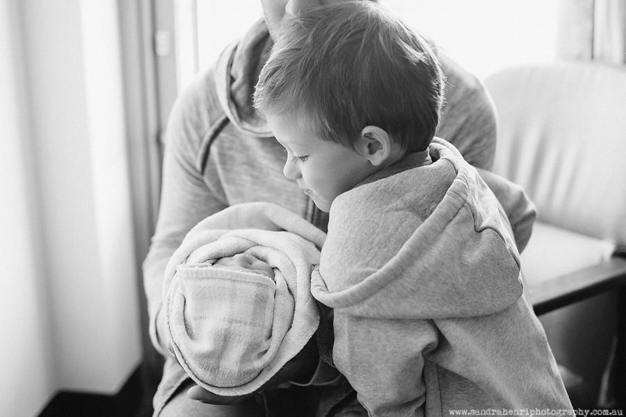 In-hospital-newborn-photos-26.jpg
