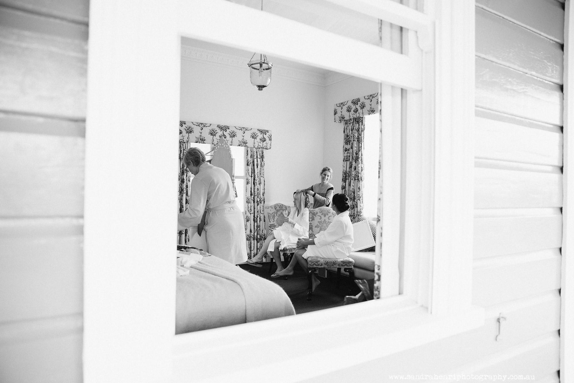 Roberts-Restaurant-garden-wedding-images-2.jpg