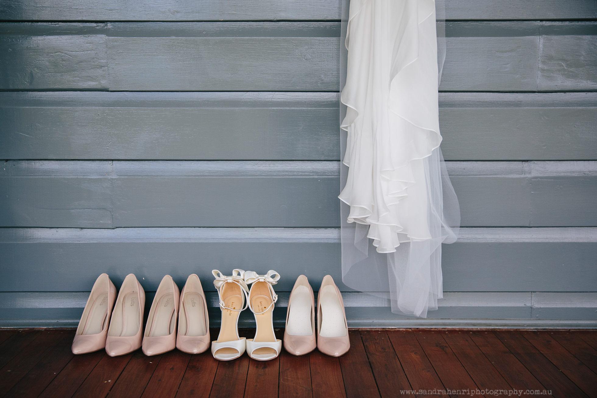 Roberts-Restaurant-garden-wedding-images-5.jpg
