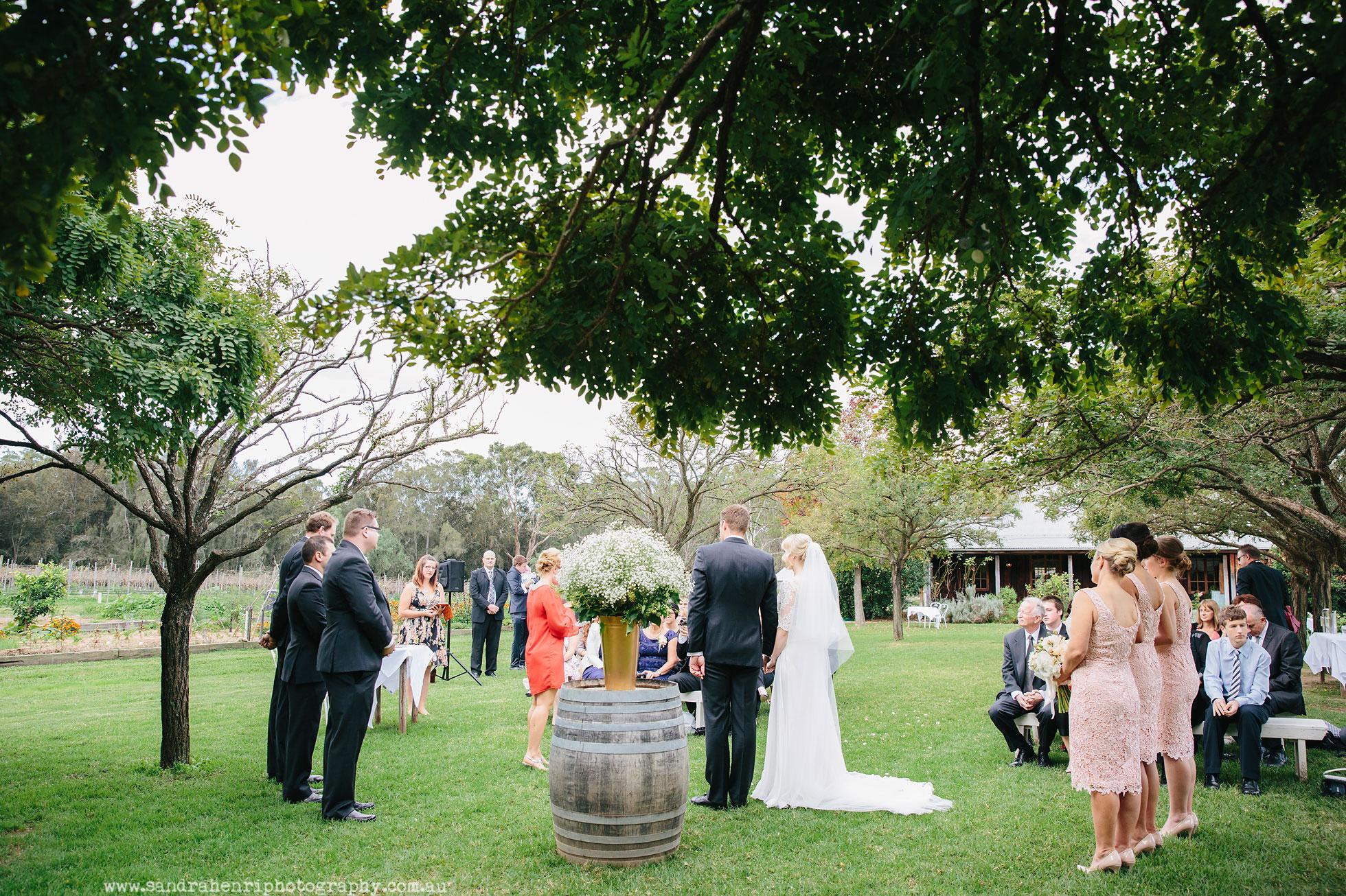 Roberts-Restaurant-garden-wedding-images-15.jpg