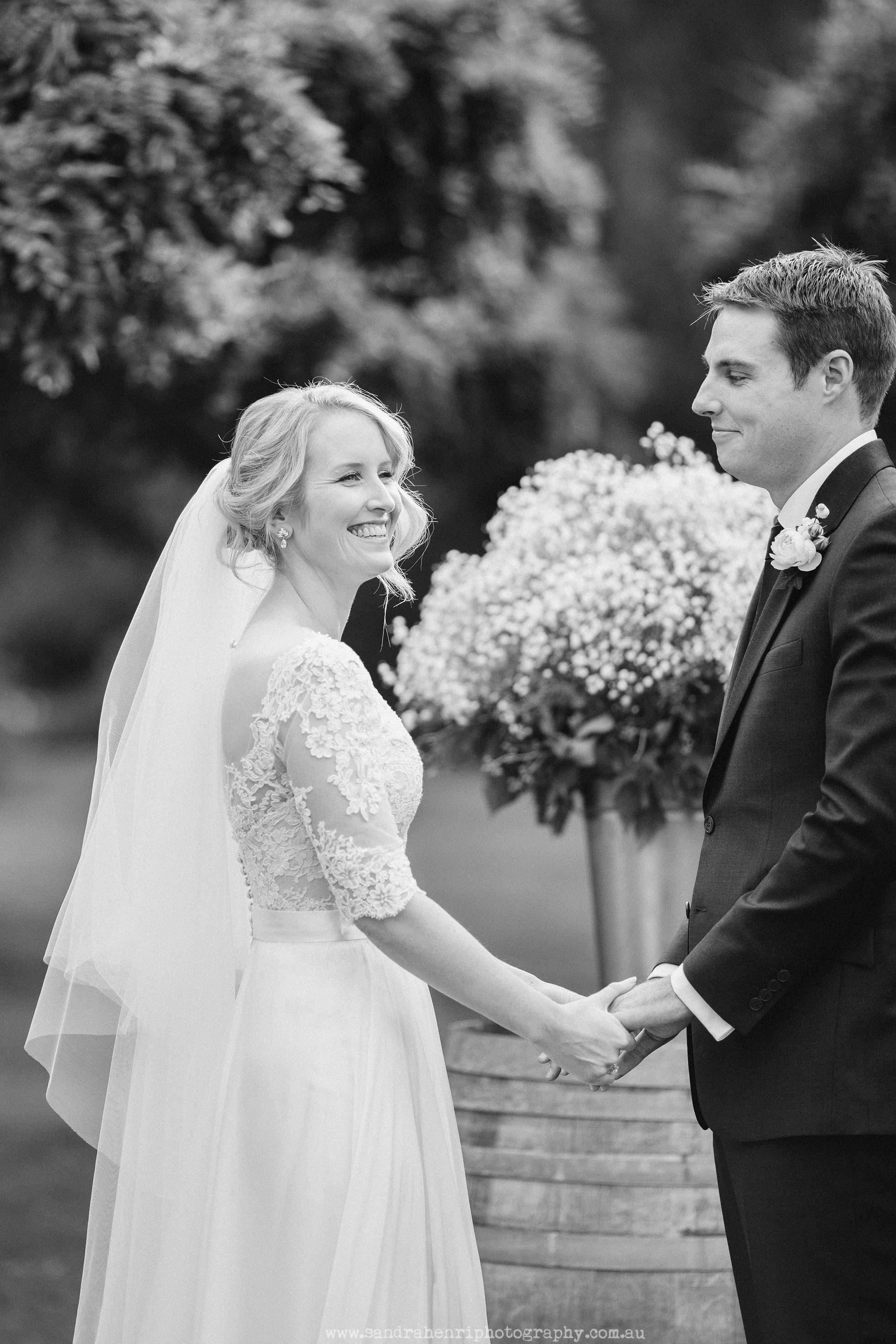 Roberts-Restaurant-garden-wedding-images-18.jpg