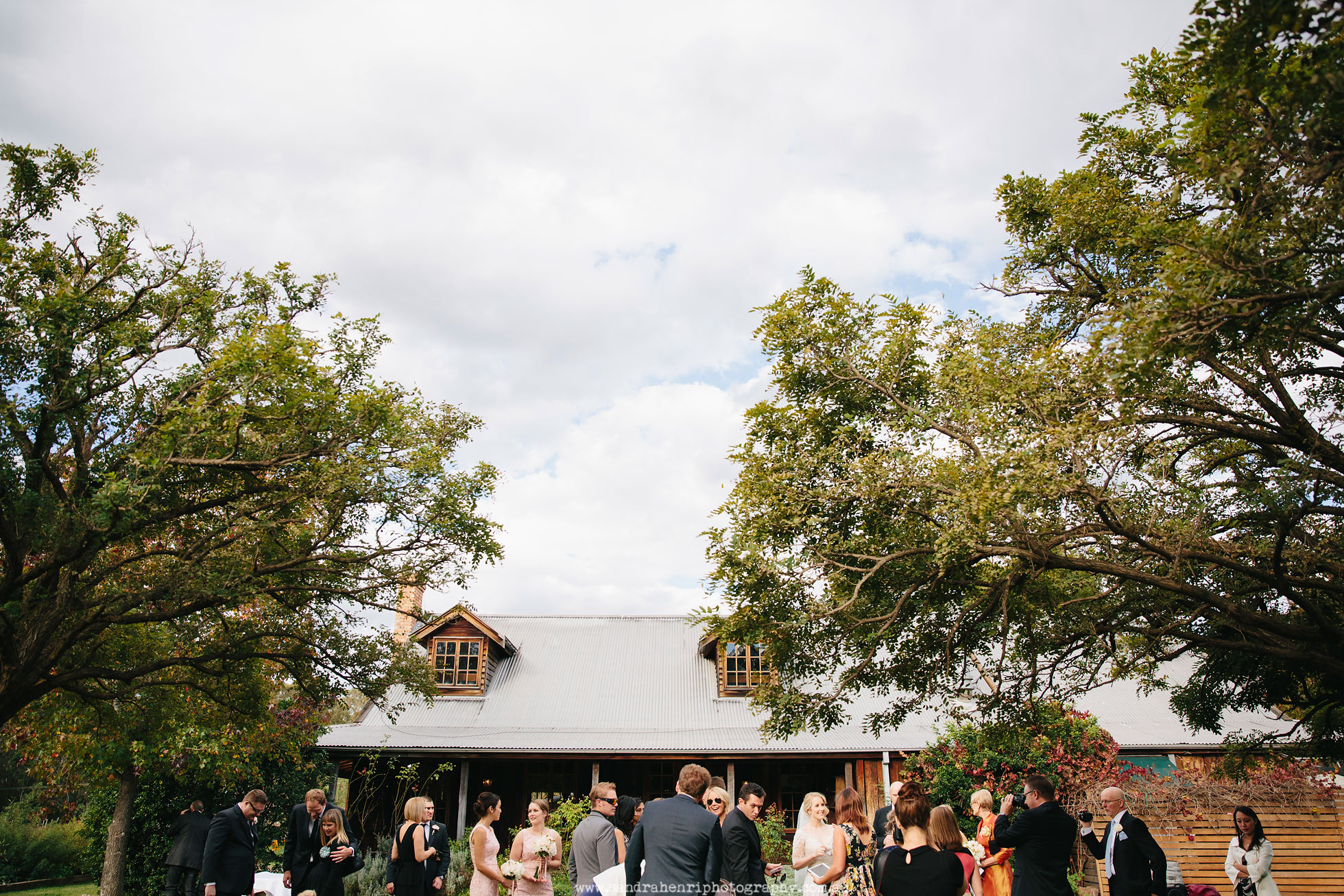 Roberts-Restaurant-garden-wedding-images-22.jpg