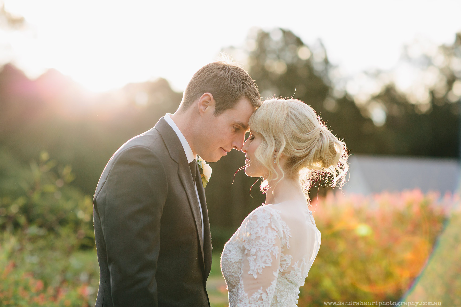 Roberts-Restaurant-garden-wedding-images-26.jpg