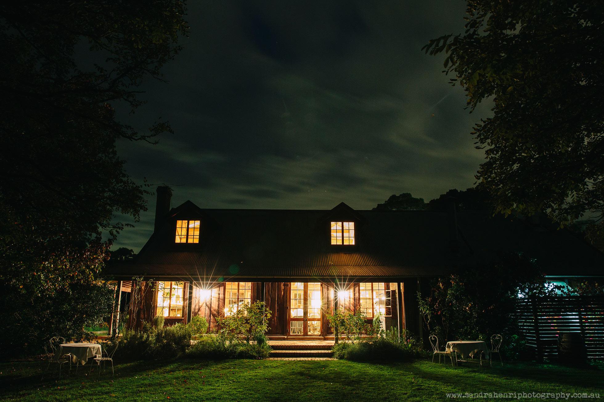 Roberts-Restaurant-garden-wedding-images-34.jpg