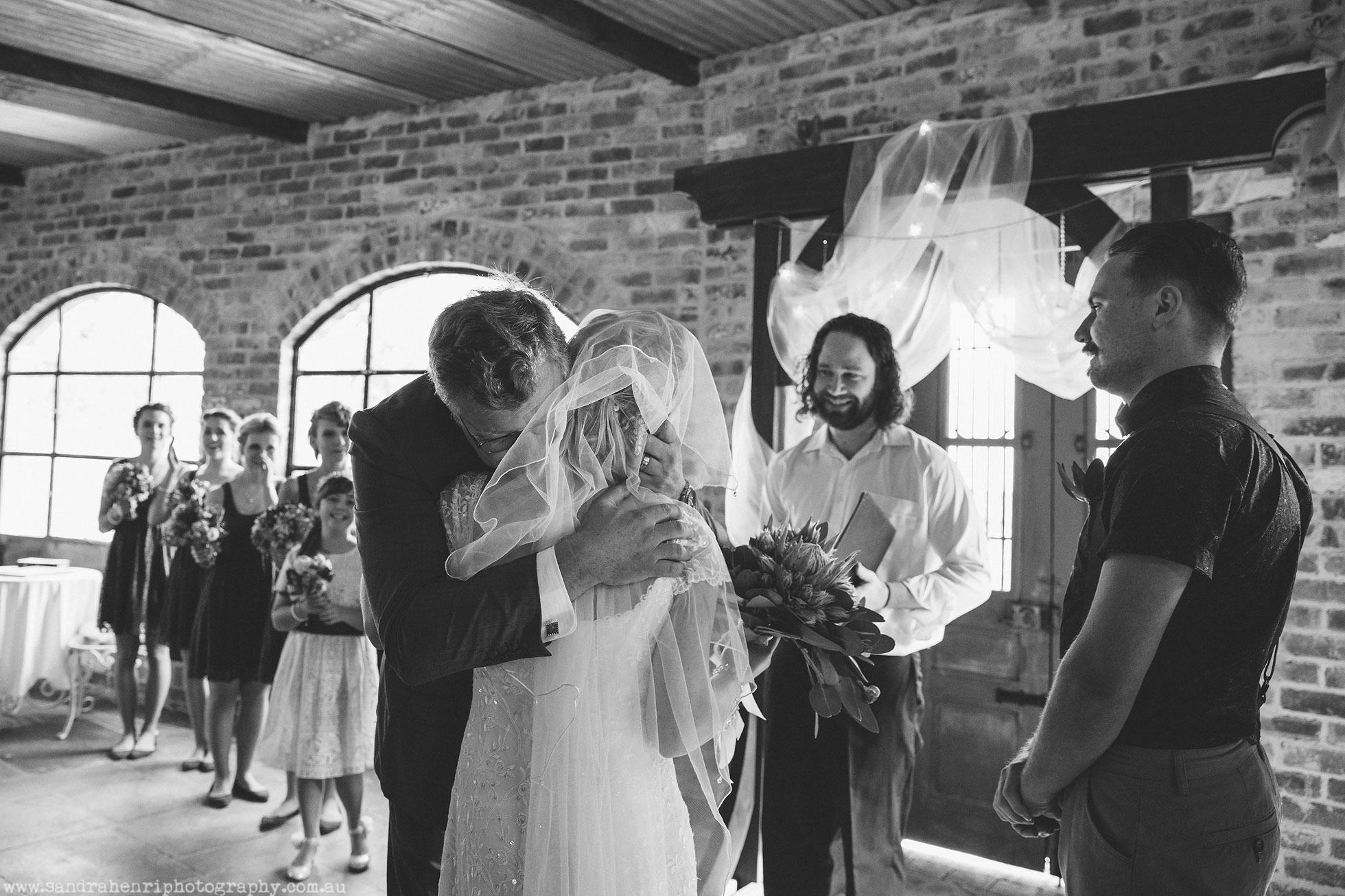 Wedding-photographer-Mali-Brae-Farm-26.jpg