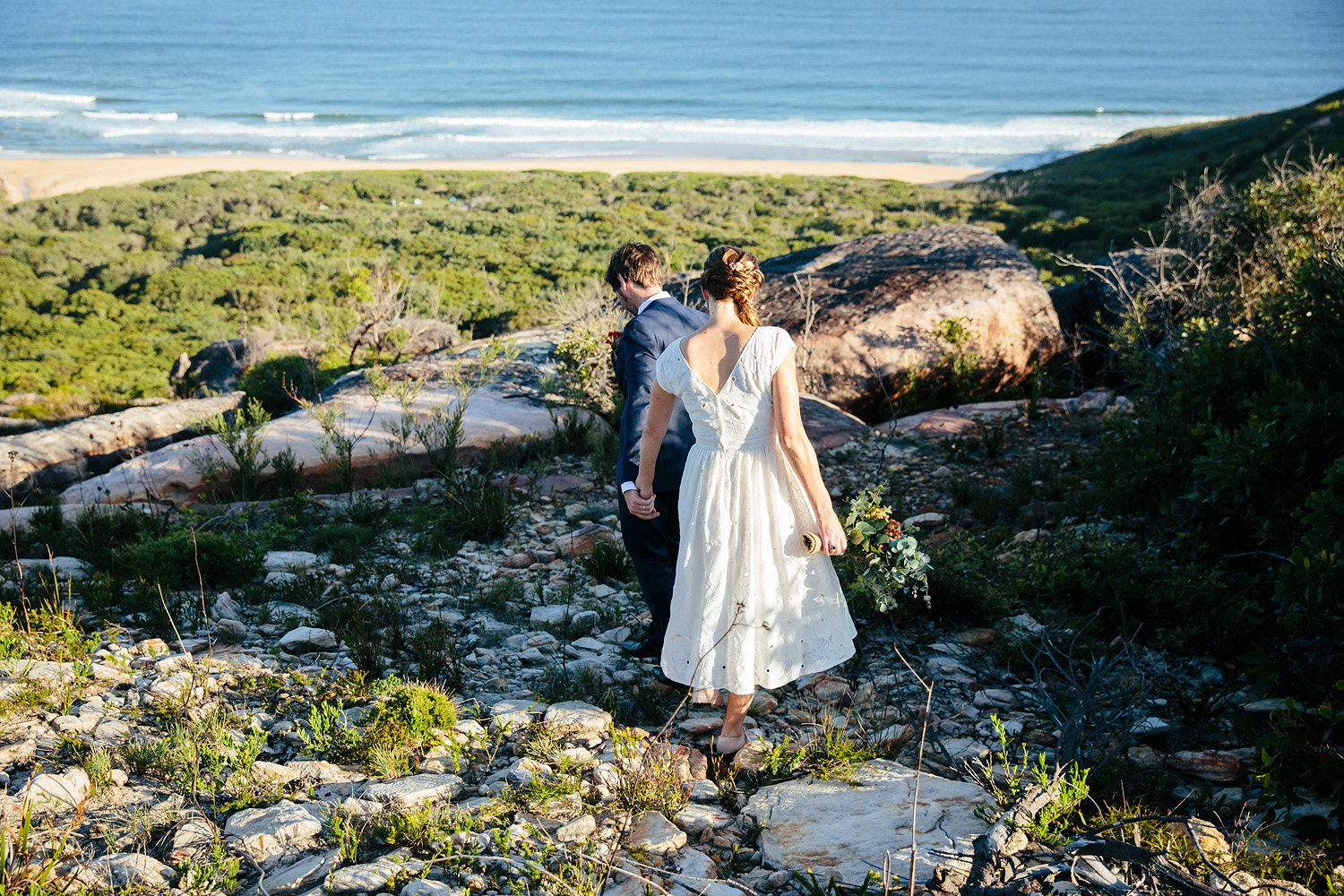 Natural relaxed wedding photography Central Coast Killcare Beach lookout.jpg