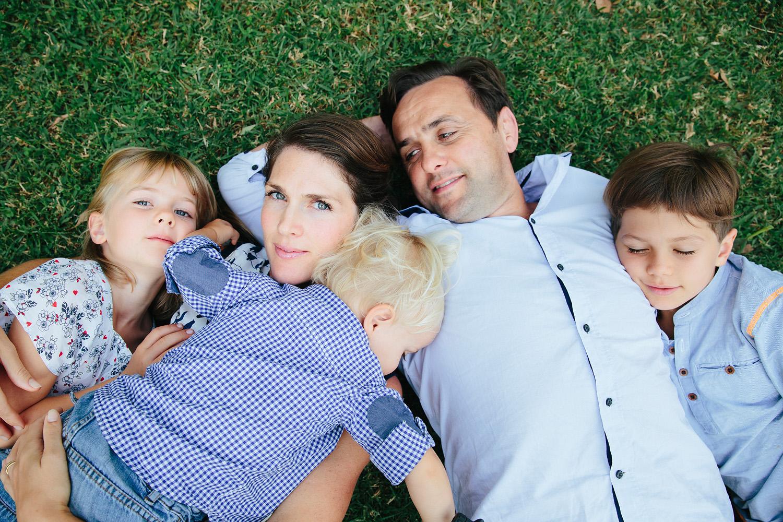 Candid family photos Central Coast.jpg