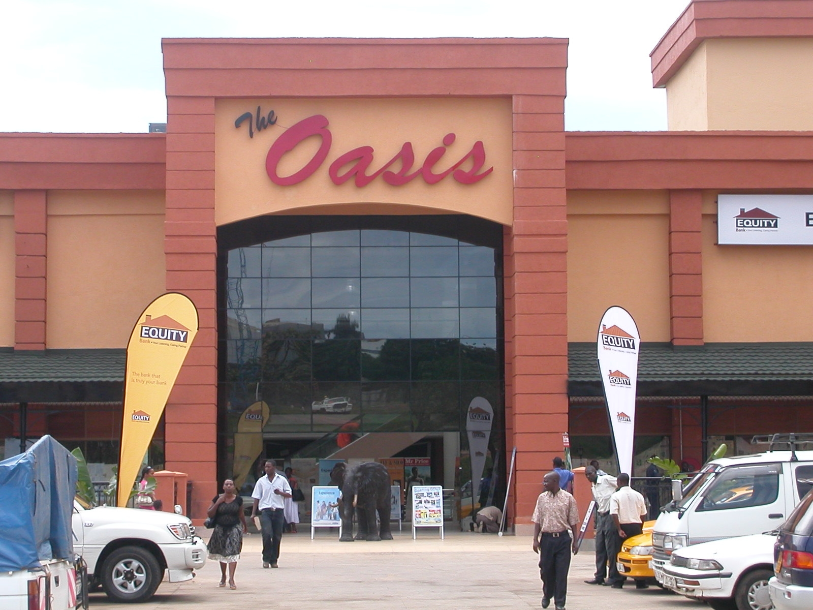 OASIS MALL 5.JPG