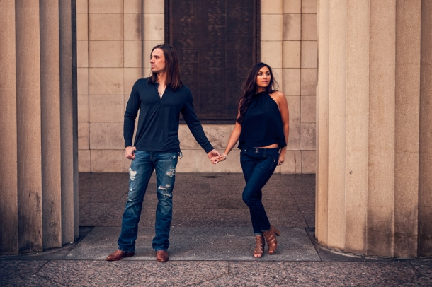 The war memorial is such a classic and beautiful location for engagement photos in Nashville.