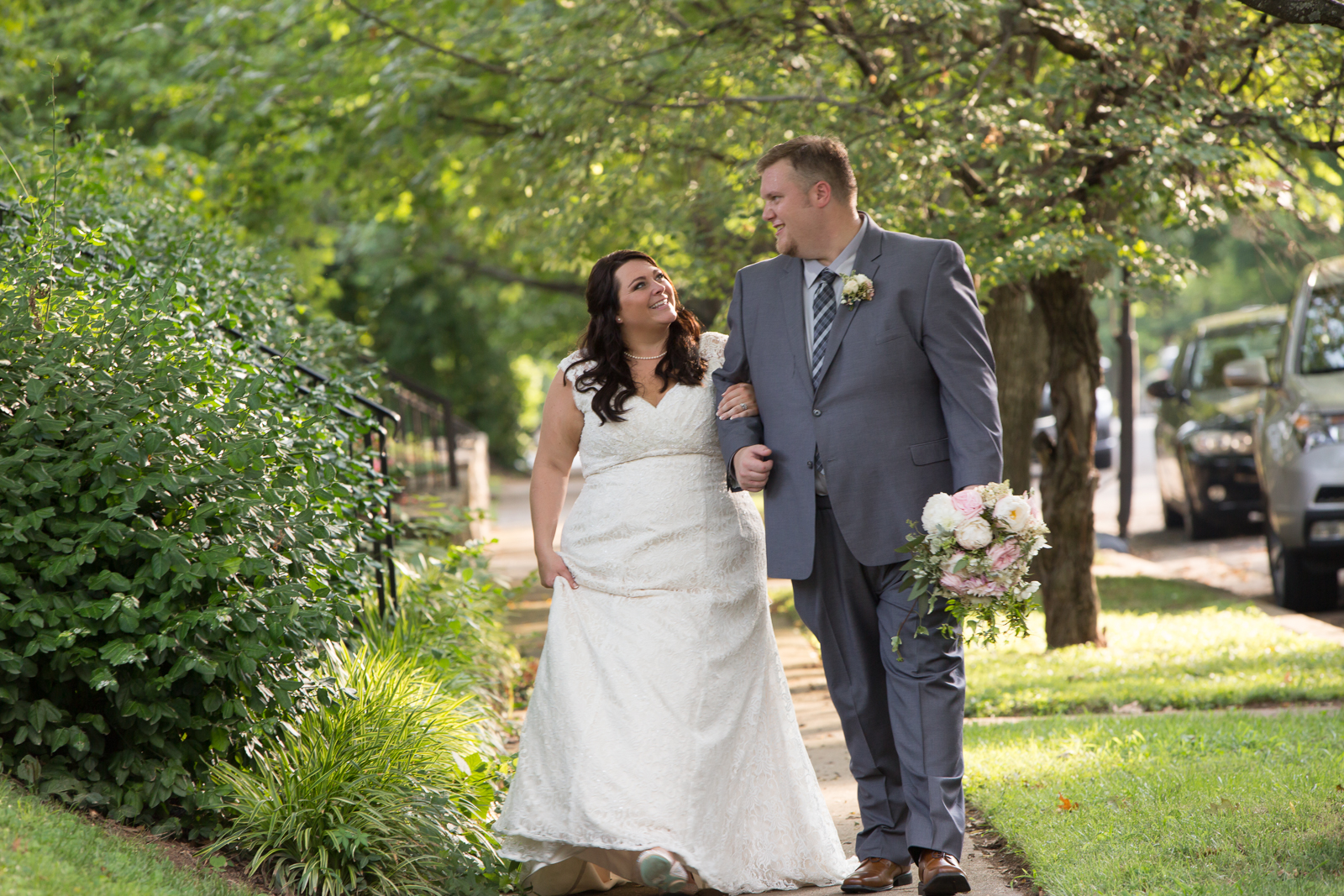 The light was so beautiful on their wedding day for this Nashville couple