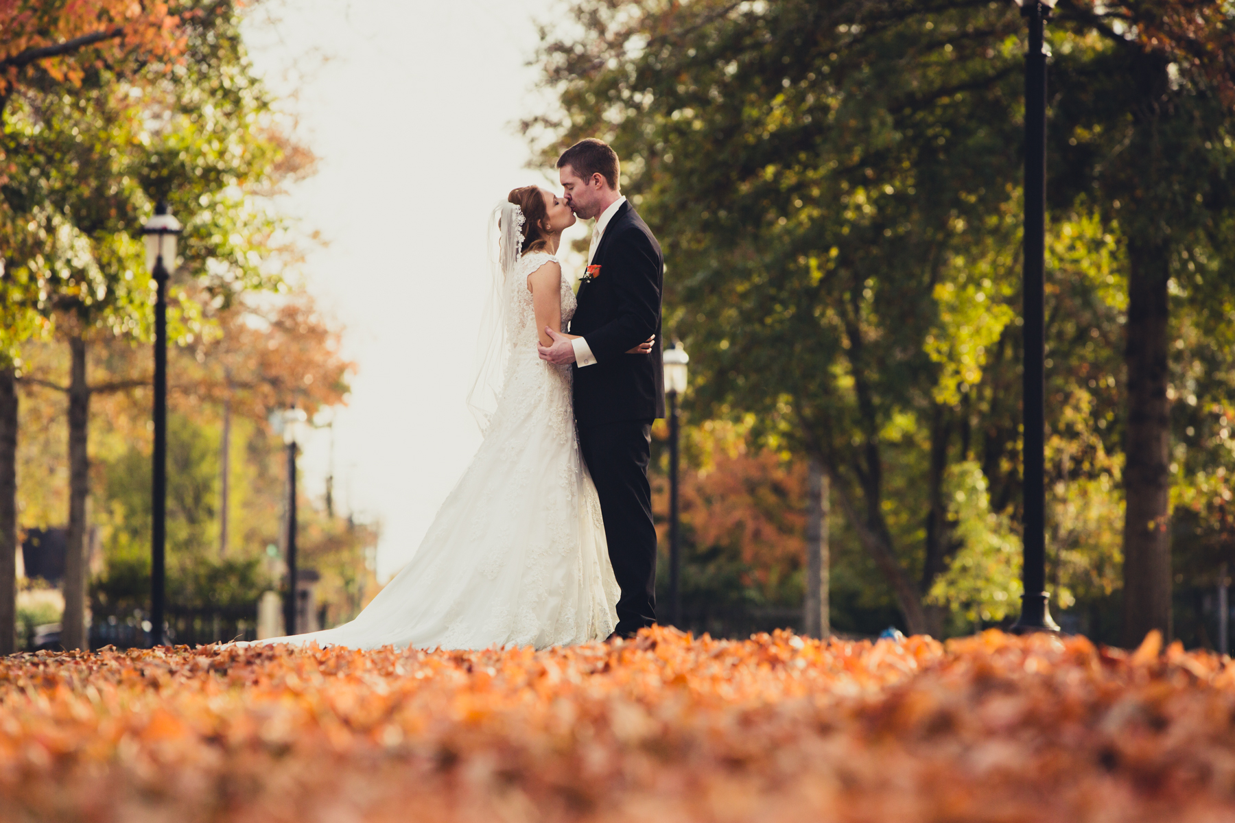 What a beautiful fall wedding, just perfect! Oaklands Mansion in the fall is such a gorgeous location for wedding photography. The leaves are about two inches thick on the ground and the color is fantastic.
