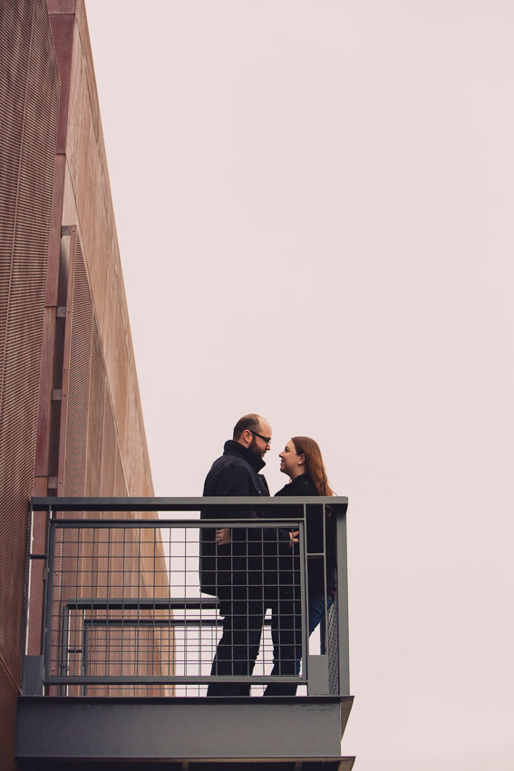 the-bridge-building-nashville-engagement-photo.jpg