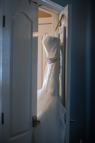 Brittany's wedding dress was not only gorgeous but so elegant!