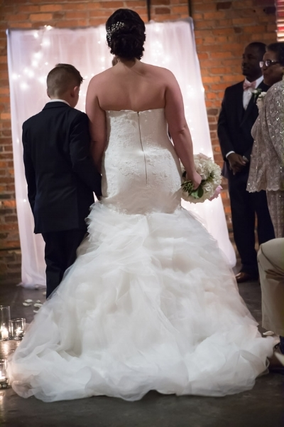 bride-at-alter-the-foundry-nashville.jpg