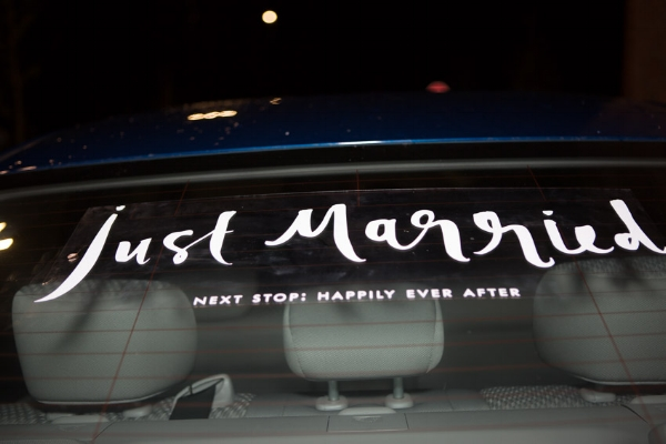 Just-married-car-decal.jpg